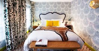 Hotel Thoumieux - Paris - Schlafzimmer