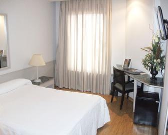 Hotel Zenit Calahorra - Calahorra - Slaapkamer