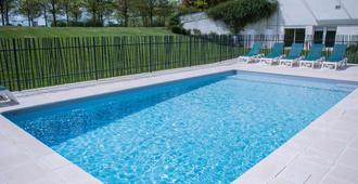 Ibis Budget Site du Futuroscope - Chasseneuil-du-Poitou - Pool