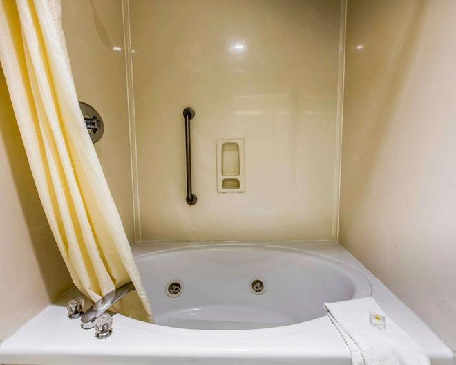 海灘/海濱區凱富酒店 - 聖塔克魯茲 - 聖克魯茲 - 浴室