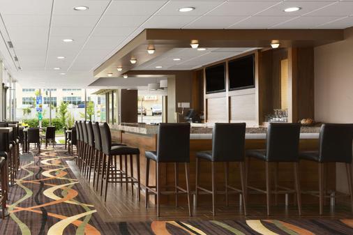 費斯維爾旅遊旅館酒店 - 尼加拉瀑布 - 尼亞加拉瀑布 - 酒吧