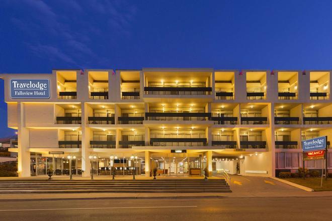 Travelodge Hotel Niagara Falls Fallsview - Niagara Falls - Building