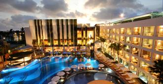 The Stones Hotel - Legian Bali, Autograph Collection - Kuta - Piscina