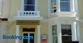 The Clovelly - Llandudno - Building