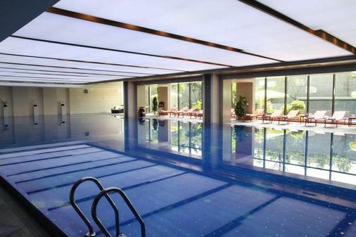Chengdu Airport Hotel - Chengdu - Pool