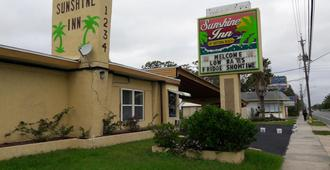 Sunshine Inn of Daytona Beach - Daytona Beach - Edificio