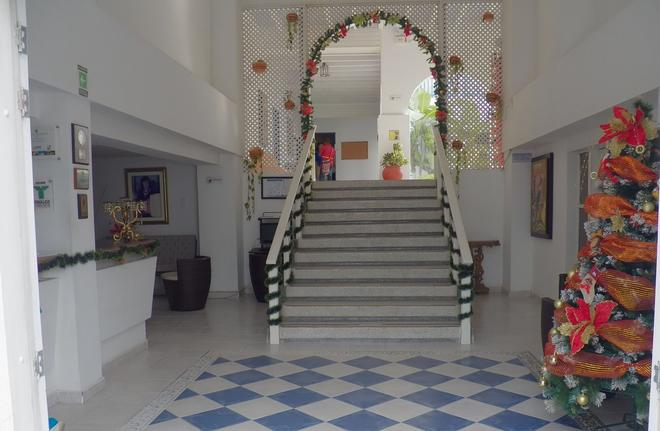 La Ballena Azul Hotel - Санта-Марта - Лестница