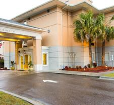 Comfort Inn and Suites Convention Center