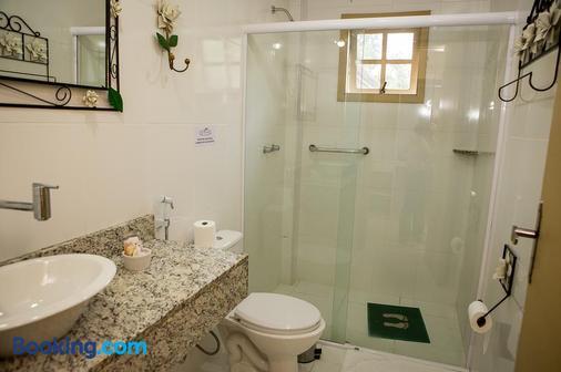 Hotel Rio Penedo - Penedo - Bathroom