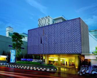 Grand Aston Yogyakarta - Джок'якарта - Building