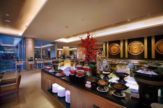Grand Aston Yogyakarta - Yogyakarta - Buffet