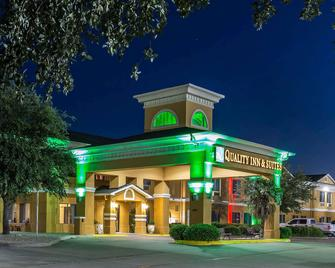 Quality Inn and Suites - Granbury - Granbury - Gebouw