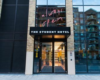The Student Hotel Eindhoven - Eindhoven - Building