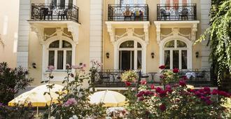 Hotel Park Villa - Viena - Edificio