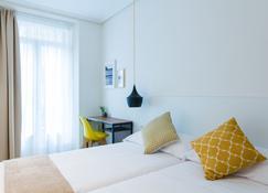 Pensión Buenpas - San Sebastian - Bedroom
