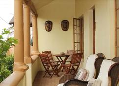 African Dreams Bed And Breakfast - East London - Makuuhuone