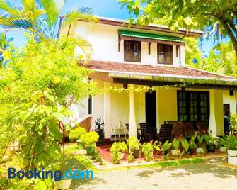 The Bay House - Weligama - Building