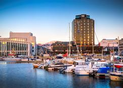 Radisson Blu Hotel, Bodo - Bodø - Vista del exterior