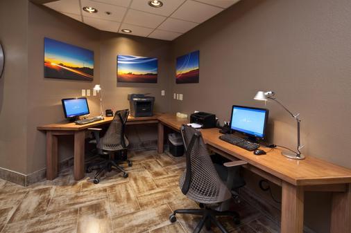Best Western Plus Scottsdale Thunderbird Suites - Scottsdale - Business centre