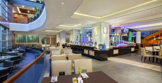 Wyndham Casablanca Jakarta - ג'קרטה - מסעדה