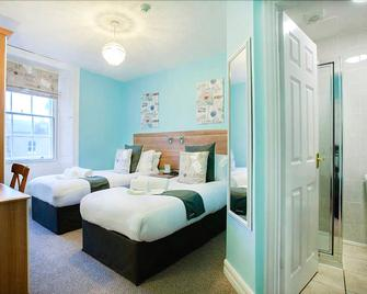 Number 61 Guest House and Tea Room - North Shields - Bedroom