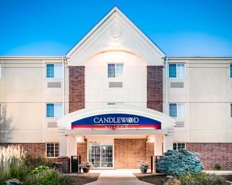 Candlewood Suites Kenosha - Kenosha - Edificio