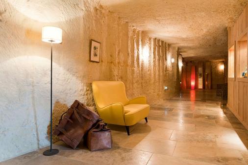 Château de Perreux, The Originals Collection (Relais du Silence) - Amboise - Hallway