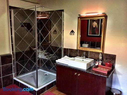 MacGregors Guest House - Pretoria - Phòng tắm