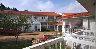 Cingjing Guest House - Ren-ai Township - Edificio