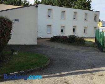 Be Myhôtel - Évreux - Gebäude