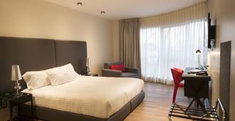 Regency Way Montevideo Hotel - Montevideo - Bedroom
