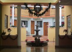 Hotel Tres Flores - Huasca de Ocampo - Lobby