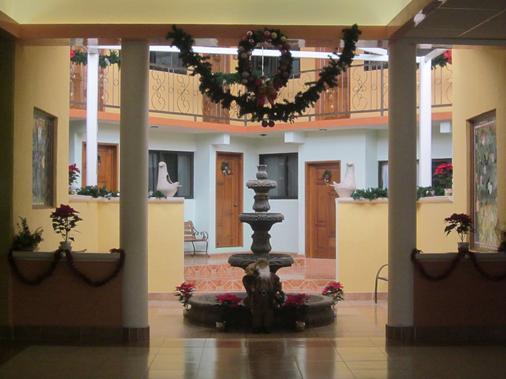 Hotel Tres Flores - Huasca de Ocampo - Recepción