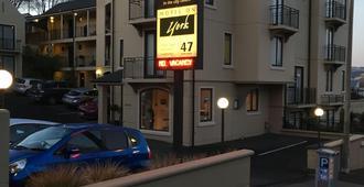Motel On York - Dunedin - Building