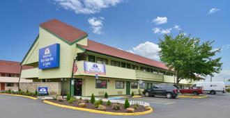Americas Best Value Inn Kansas City E Independence - Independence - Building
