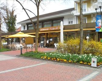 Kneipp- Kur- Und Tagungshotel Luitpold - Bad Woerishofen - Building