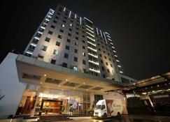 Park Hotel Cawang Jakarta - East Jakarta - Building