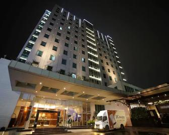 Park Hotel Cawang - Jakarta - East Jakarta - Building