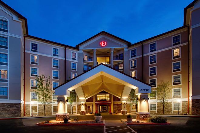 Drury Inn & Suites Albuquerque North - Albuquerque - Building