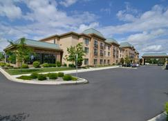 Best Western Plus Pasco Inn & Suites - Pasco - Building