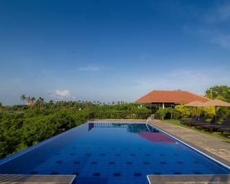 Ananthaya Beach - Tangalla - Pool