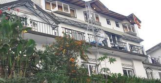 New Tour Inn - Nuwara Eliya - Building