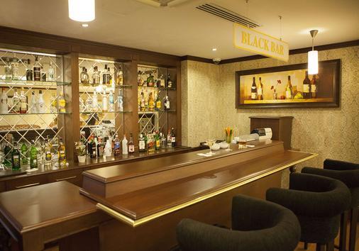 Bilek Istanbul Hotel - Istanbul - Bar