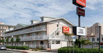 Econo Lodge Oceanfront - Ocean City - Bangunan