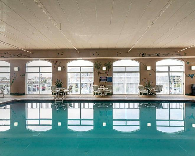 Econo Lodge Oceanfront - Ocean City - Piscine