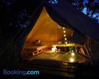 Camping Fiori di Noto - Noto - Living room