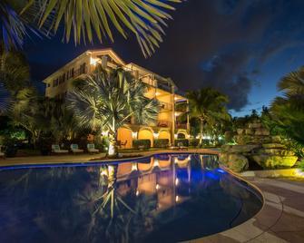 Villa Del Mar - Providenciales - Pool