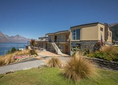 Alexis Motels & Apartments - Queenstown - Building