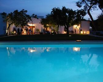 B&B Don Giovanni - Monopoli - Pool