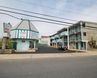 Mark III Motel And Apartments - Seaside Heights - Building